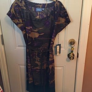 NWT Simply Vera Short Sleeve Dress M
